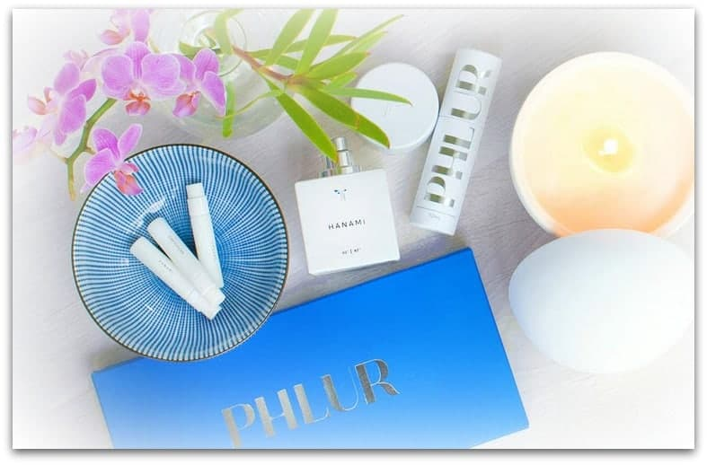 Phlur fragrance gift idea for Mothers Day