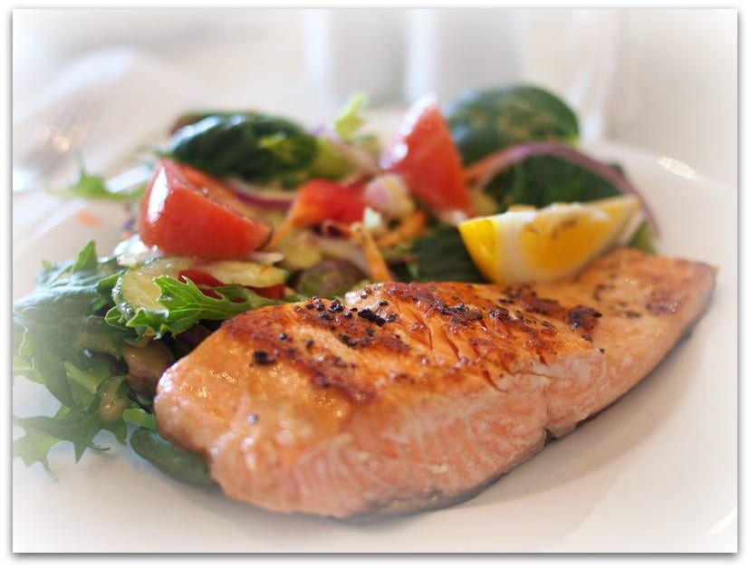 eat salmon for dinner to lengthen sleep duration