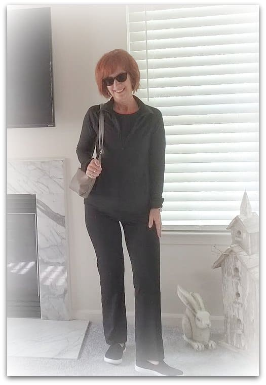 comfortable workout clothes for mature women; activewear for seniors