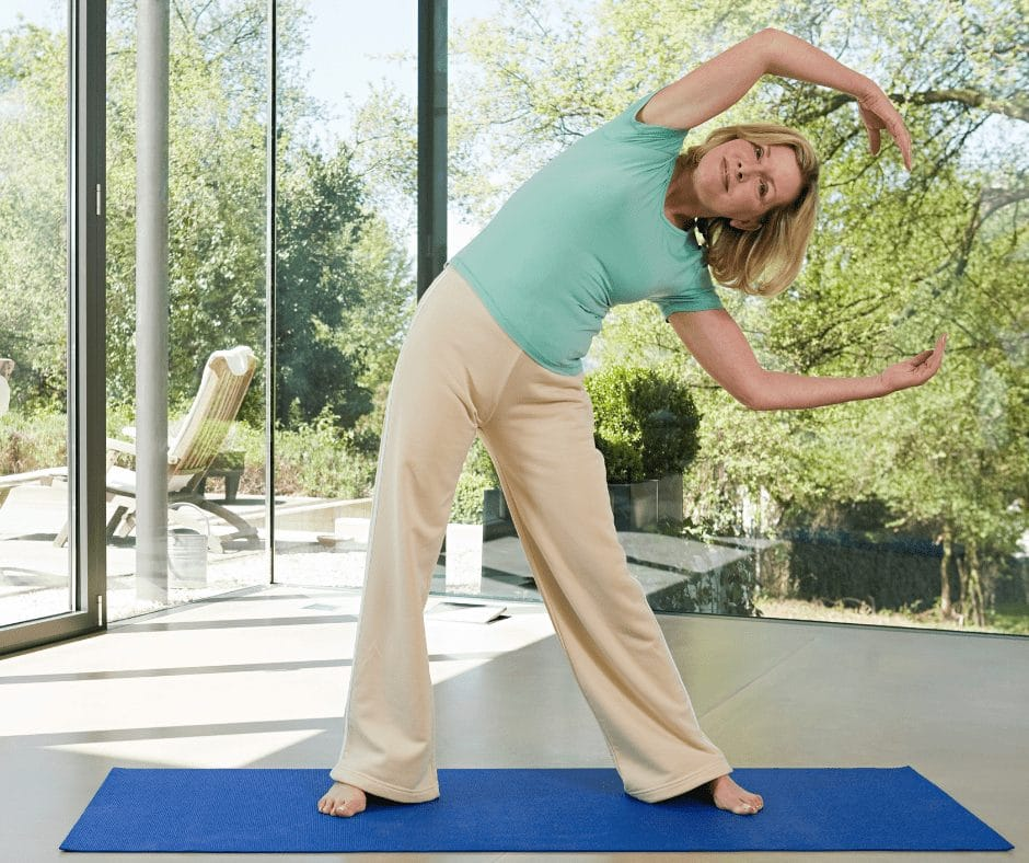 5 characteristics of a fit 60 year old woman