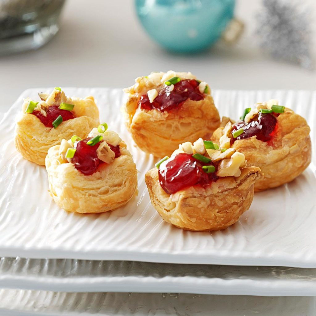 easy holiday appetizers - brie cherry pastry cups