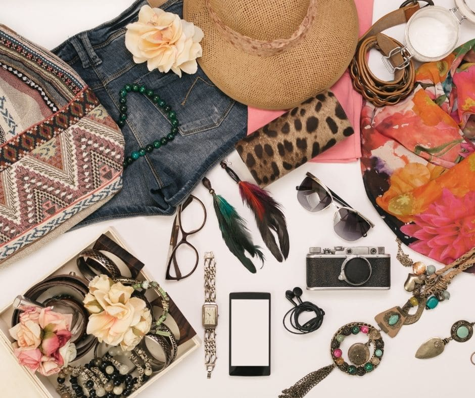 use accessories to create a fall outfit