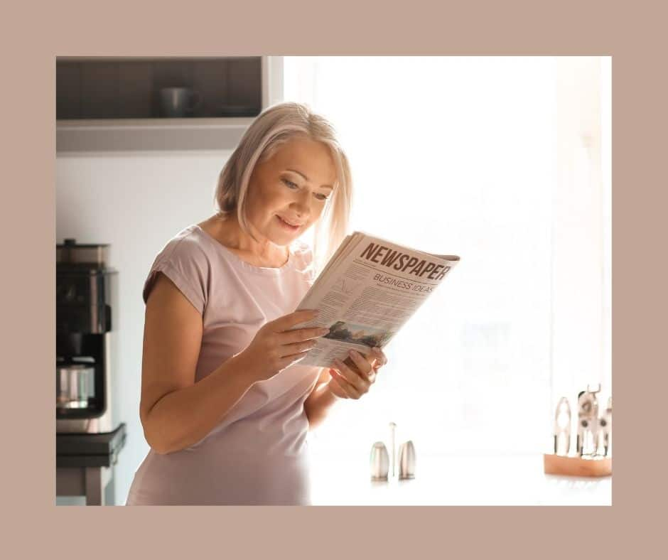 hoe reading relieves stress for women over 50