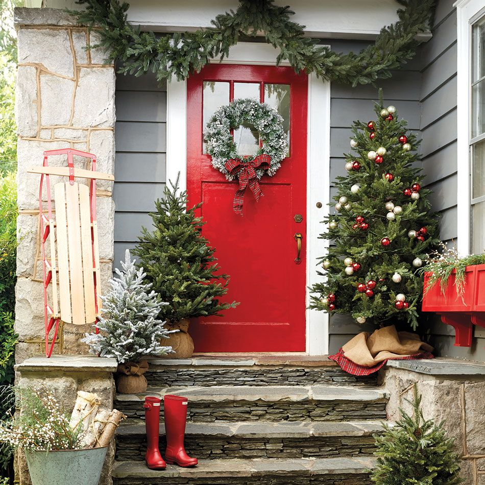 A time to celebrate - holiday front door decorating ideas